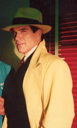 Warren_Beatty_as_Dick_Tracy