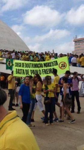 Paulo-Freire-protesto